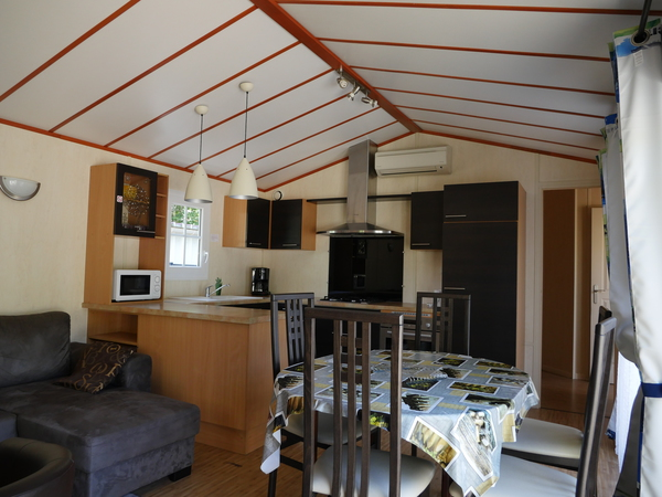 gite-crl-70m2-camping-bel-air-bordeaux-int
